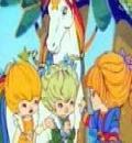 Blondine au Pays de l'Arc-en-Ciel