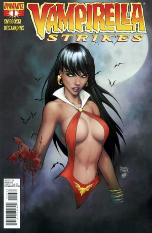 Vampirella Strikes édition Issues V2 (2013)